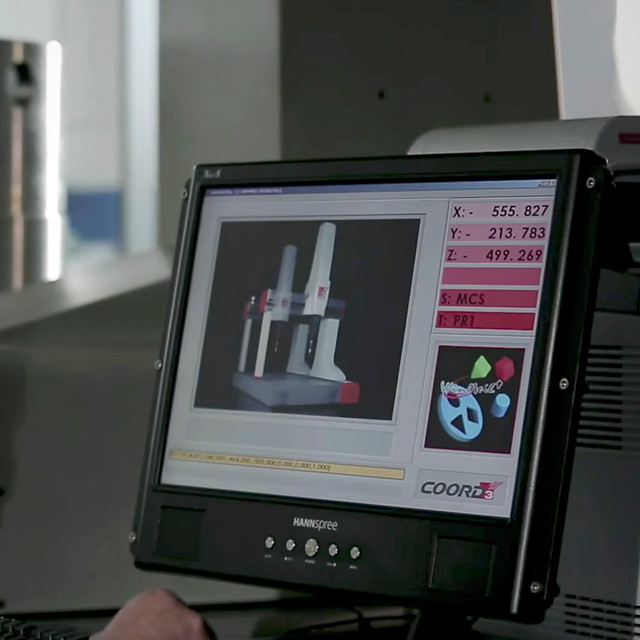 Industrie TCM _ Sala metrologica